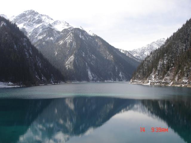 照片:山水一色