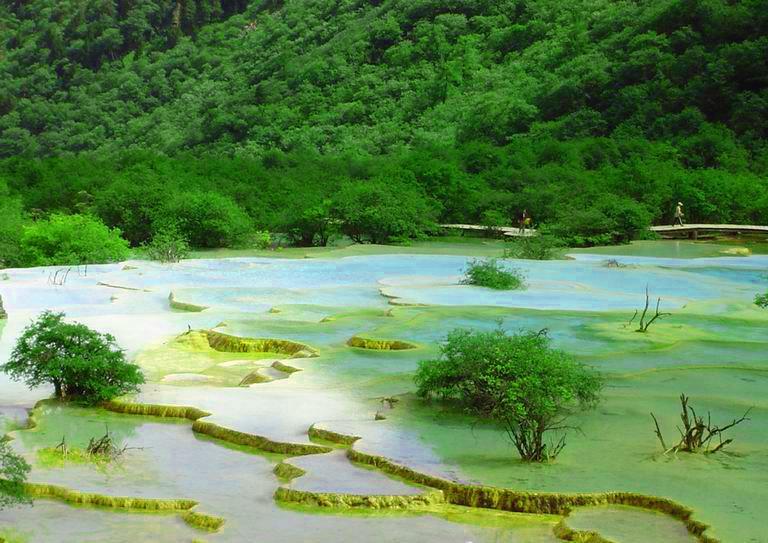 照片:黄龙-五彩池