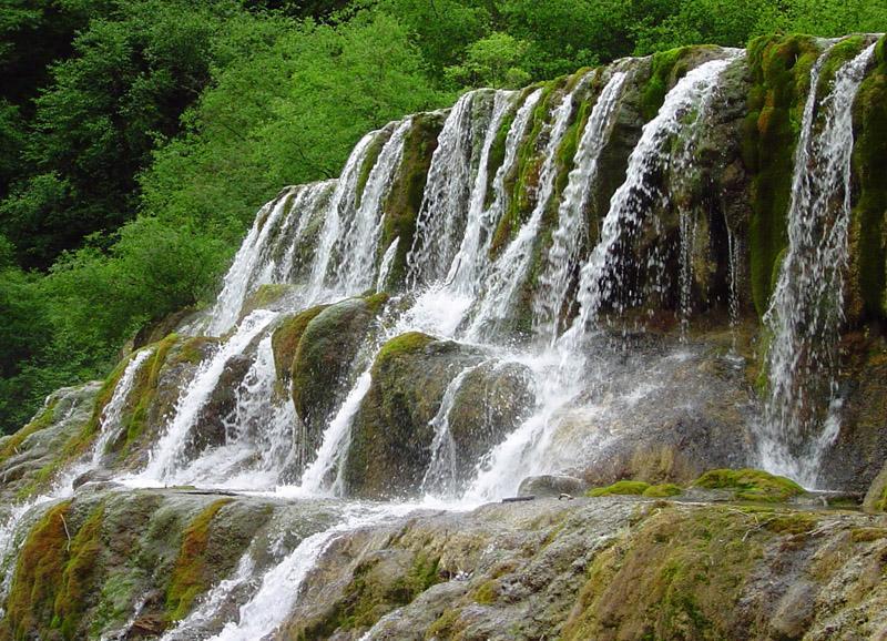照片:黄龙-瀑布