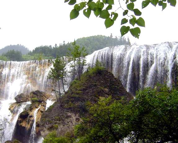 照片:九寨-瀑布