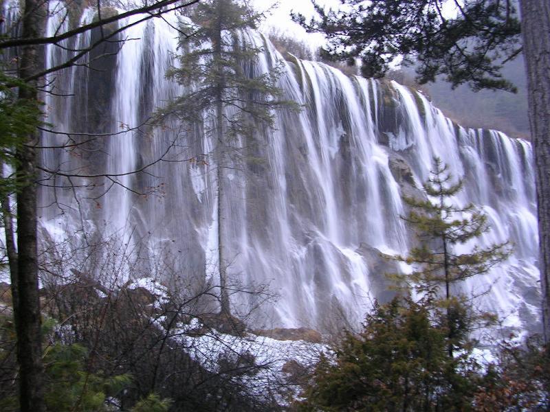 照片:九寨沟的瀑布1