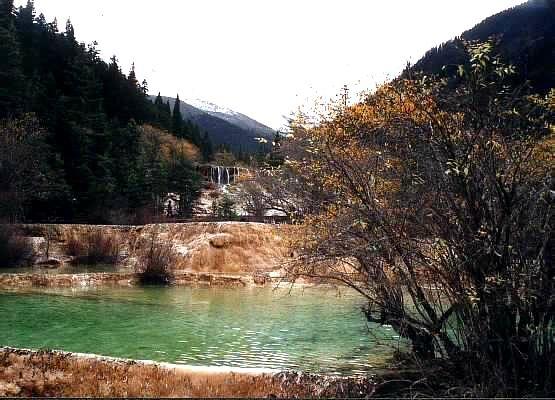 照片:黄龙彩池2