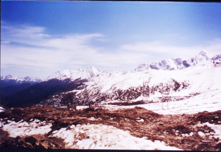 照片:海拔四千三百米 ...