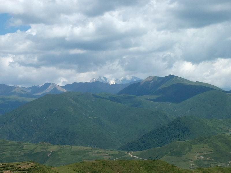 照片:松潘群山