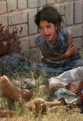圖文:父親被殺後的伊拉克女孩