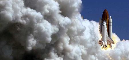 圖文:美國發現號航天飛機發射成功