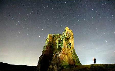圖文:絢美星空下的白俄羅斯中世紀城堡