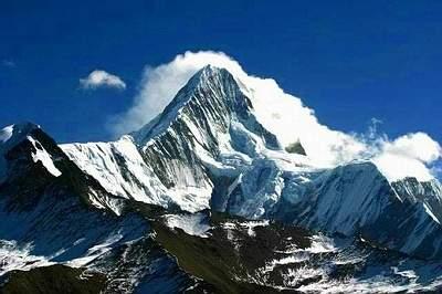 科技時代_探險聖地評選:貢嘎山—溫泉與冰川的誘惑