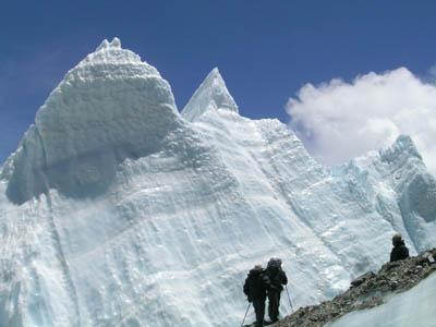 科技時代_探險聖地評選:絨布冰川-世界之巔上的最大冰川