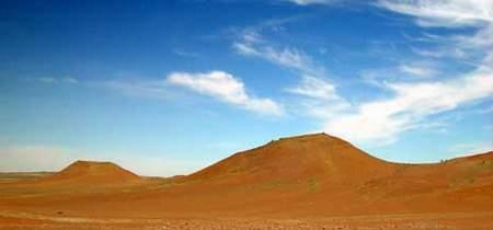 科技時代_探險聖地評選:古爾班通古特沙漠—野豬出沒地