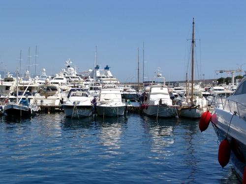 摩納哥海灣、遊艇、美女