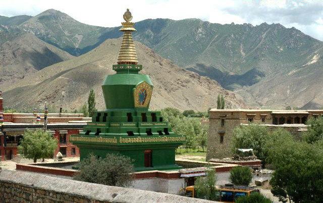 圖片:西藏山南-桑耶寺四塔之 綠塔