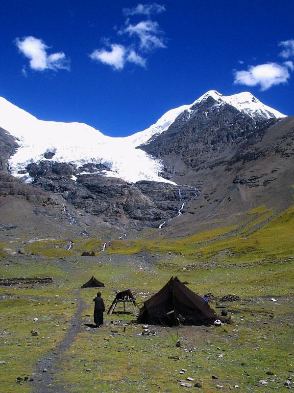 西藏圖片:守護神山的牧民