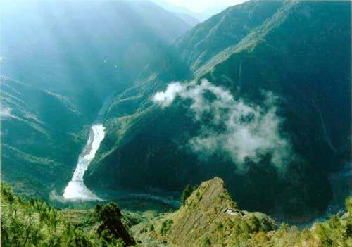 雅魯藏布江大峽谷