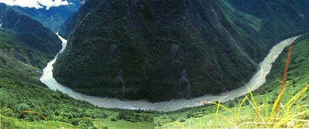 圖片:雅魯藏布江大拐彎