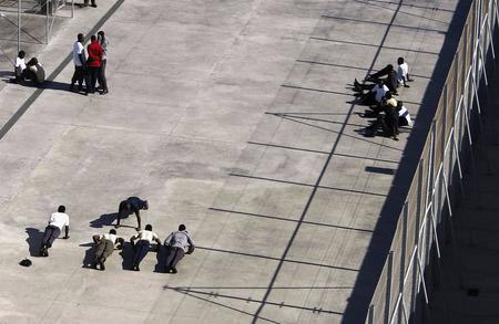 getty年度最佳:非洲偷渡客西班牙被抓