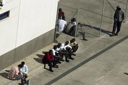 圖文:偷渡客在加那利群島的拘留中心
