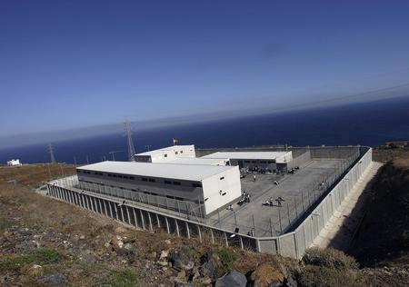 圖文:關押有非洲偷渡客拘留中心