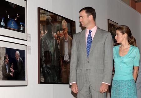 圖文:王子夫婦參觀參展作品