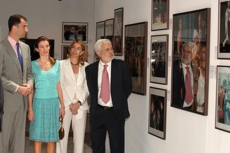 圖文:王子夫婦參觀展覽