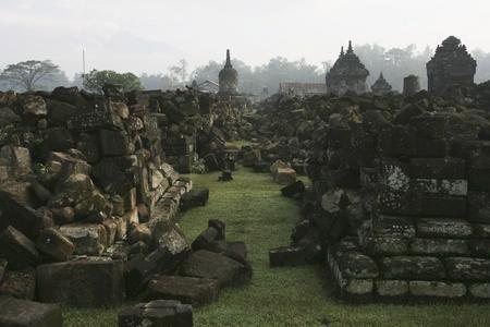 圖文:建於公元9世紀的Plaosan神廟被毀