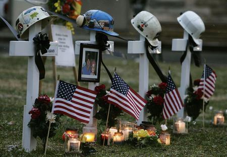 圖文:美國西弗吉尼亞州煤礦事故人員墓碑
