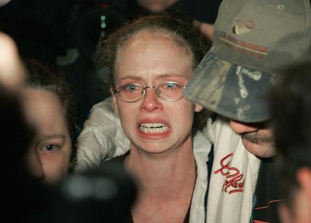 圖文:美國薩戈煤礦事故人員悲慟的親屬