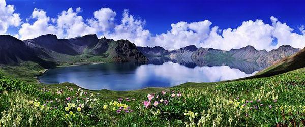 長白山天池圖片