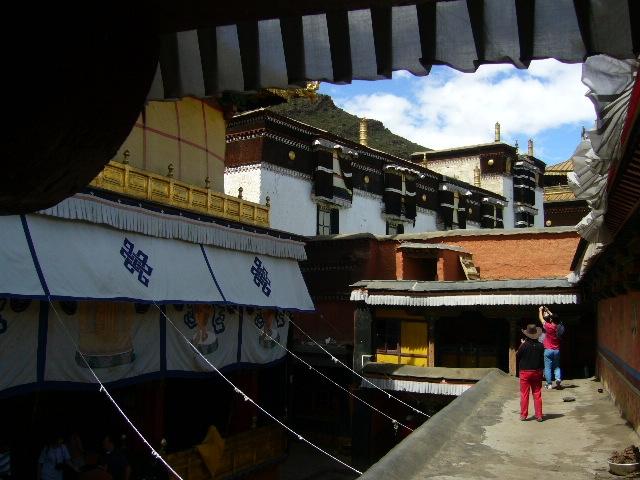 图片 西藏扎什伦布寺游记 十世班禅灵塔殿
