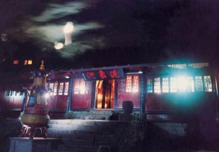 象池夜月_峨眉山10大景觀