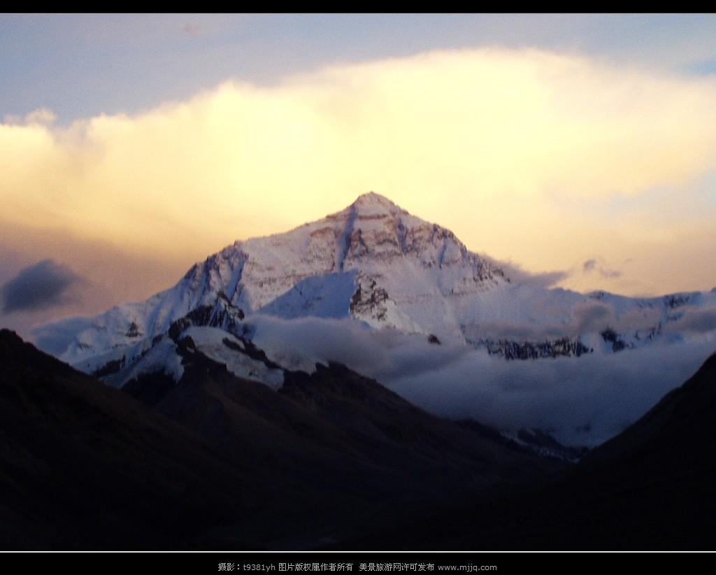 西藏珠峰圖片