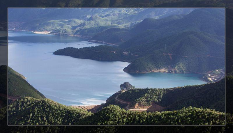 瀘沽湖風光圖片