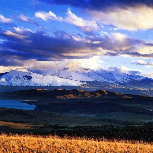 西藏旅遊風光圖片