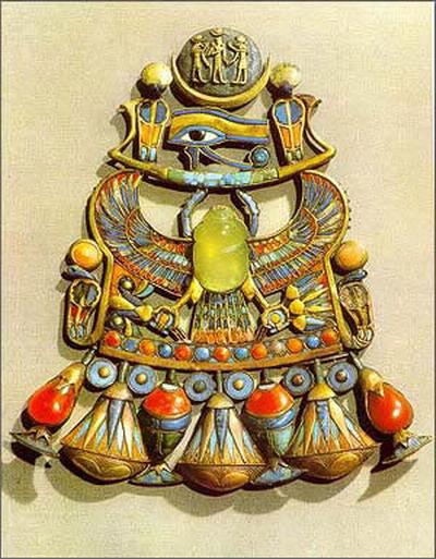 圖片:聖甲蟲形珠寶飾物