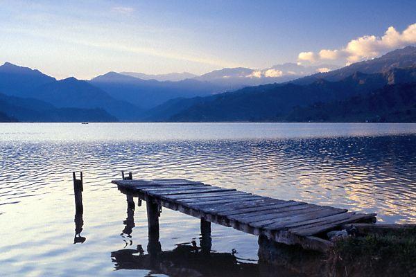 尼泊爾風光圖片:費瓦湖