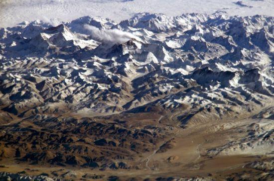 國際空間站十佳地球圖片:斜視喜馬拉雅山