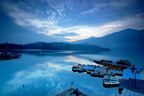 台灣旅遊景點圖片:南投日月潭