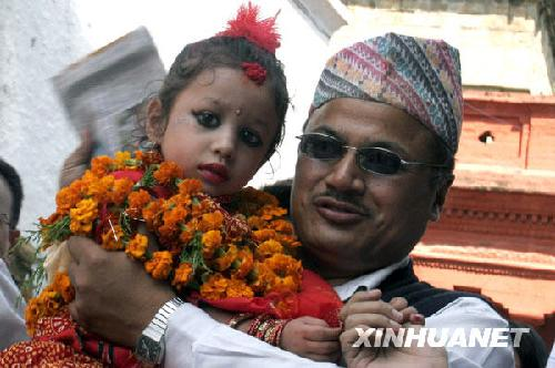 2008年新的尼泊爾活女神-庫瑪麗