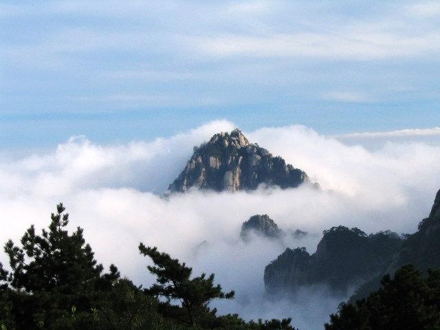 黃山旅遊圖:黃山雲海