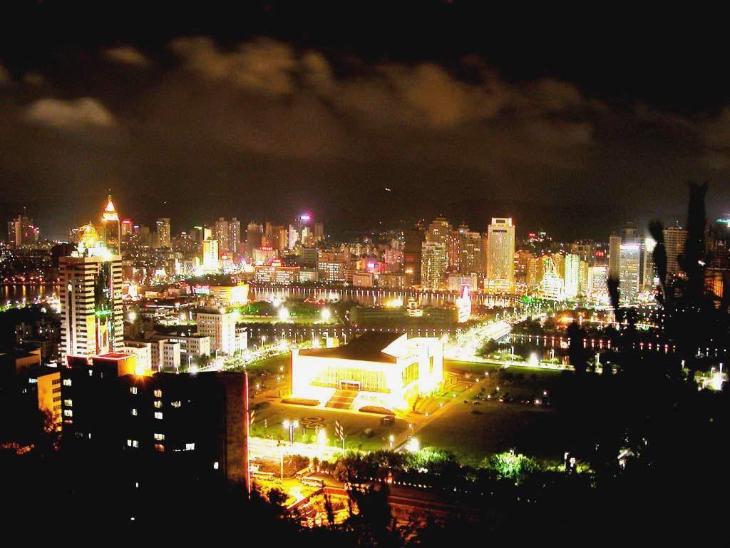 圖片:中國大陸旅遊指南-廈門夜景