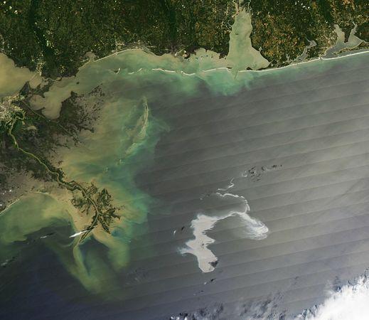 墨西哥灣漏油路線變化衛星圖