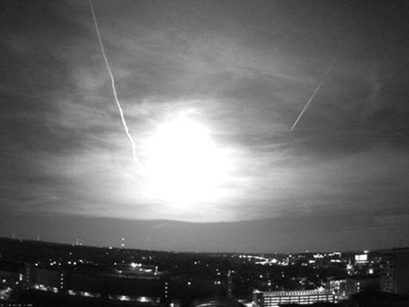 圖片:美國國家地理2010年十大太空發現-綠流星照亮美國中西部
