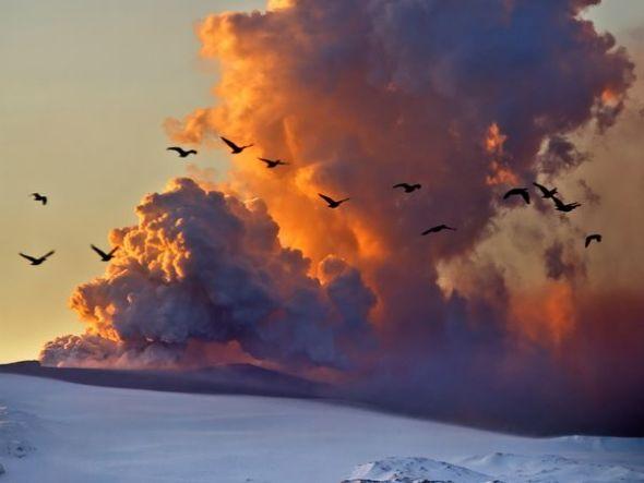 冰島火山灰雲