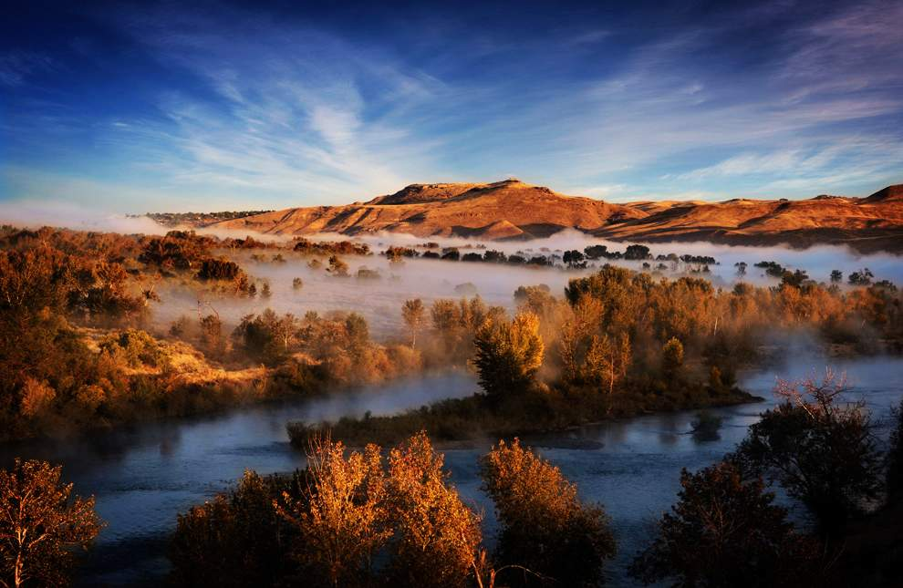 高清圖片:2010年美國國家地理攝影大賽作品-博伊斯的日出