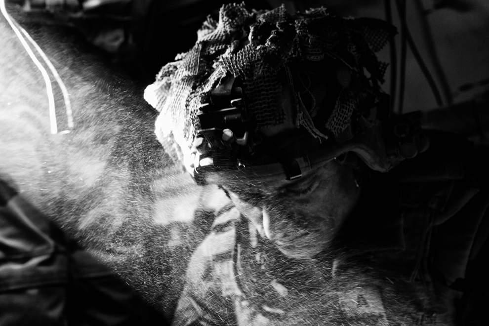 高清圖片:2010年美國國家地理攝影大賽作品-墮落的天使