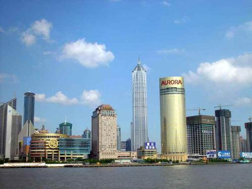 圖片:上海浦東陸家嘴金融貿易區的金茂大廈