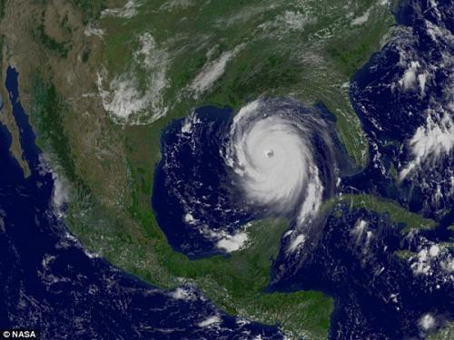 圖片:2005年,GOES-12氣候衛星拍攝到的最強程度的卡特裡娜颶風
