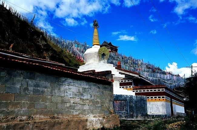 索克藏寺的白塔 作者:荊無牙