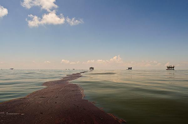 圖片:墨西哥灣深海原油洩漏事故